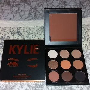 Kylie Jenner The Bronze Palette